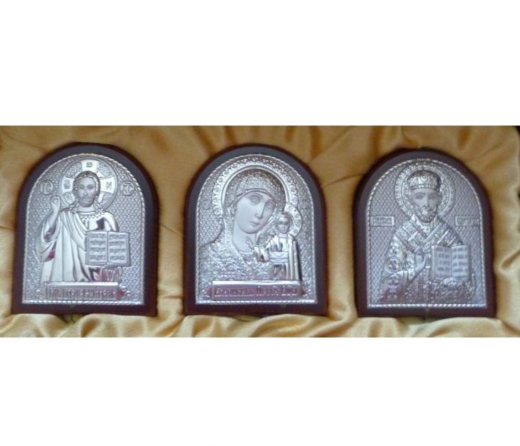Небольшой подарочный набор из трех икон 7*8.5см. (триптих, «Галерея благолепия», Россия) в VIP-упаковке в красном дереве